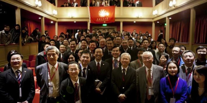 上海交通大学全英校友会成立仪式于剑桥大学隆重举行